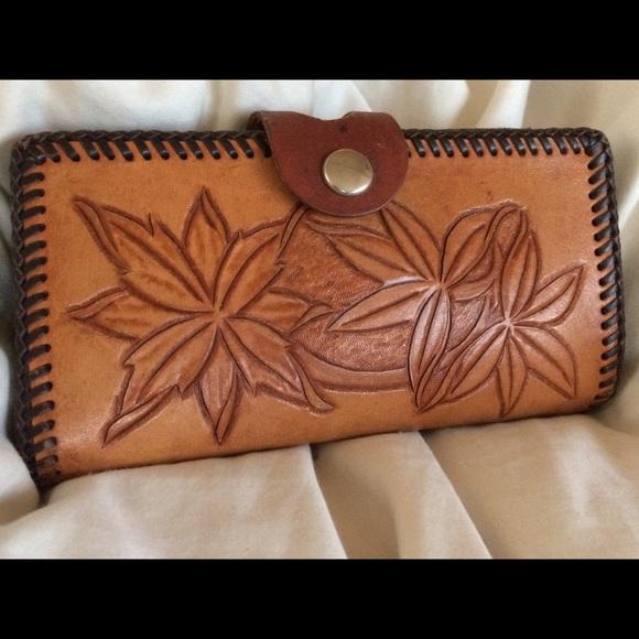 5a8abaf103d Artisan Handmade Handbags - VTG Wallet Hand Tooled Leather Large Organizer